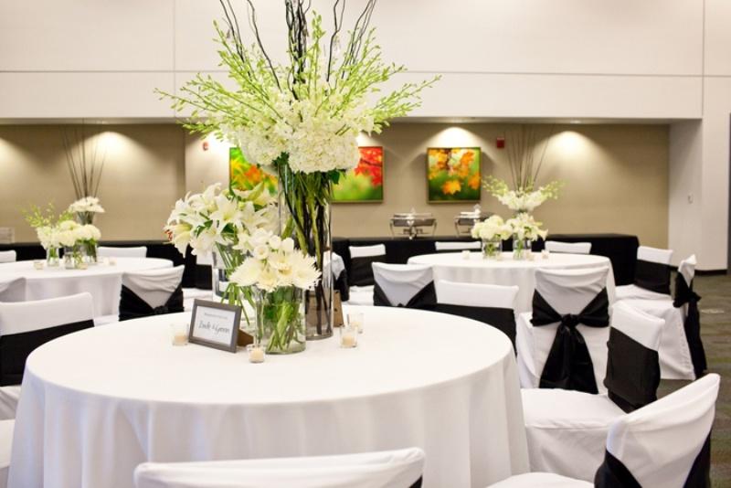 Awesome Ideas For A Black And White Wedding | Weddingomania