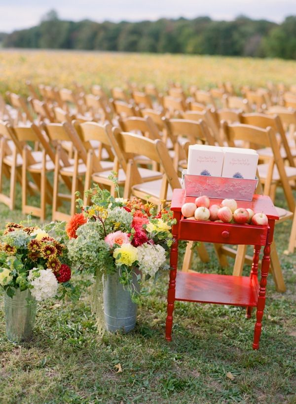 Wedding Decorations Outdoor Suggestions : Awesome outdoor fall wedding decor ideas weddingomania