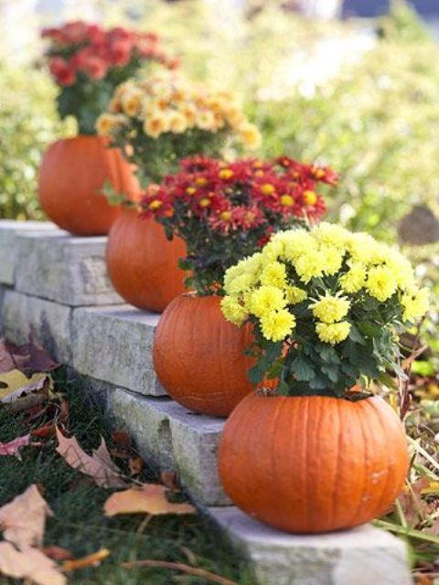 36 awesome outdoor d cor fall wedding ideas weddingomania for Pictures of fall decorations for outdoors