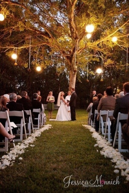 36 awesome outdoor dcor fall wedding ideas weddingomania awesome outdoor fall wedding decor ideas junglespirit Images