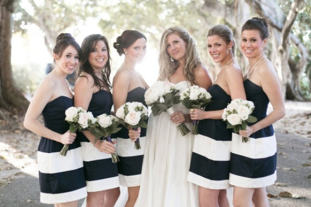 Picture of awesome striped bridesmaids dresses for Striped bridesmaid dresses wedding