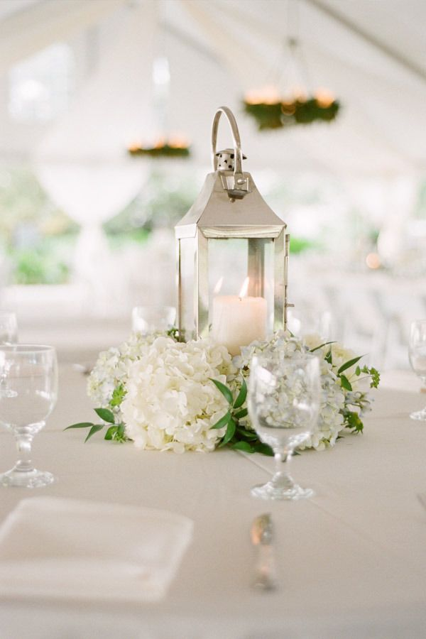Picture Of awesome ways to incorporate hydrangeas into your wedding decor  20