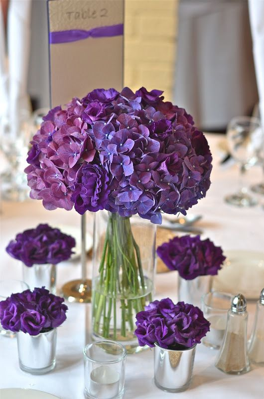 Picture Of awesome ways to incorporate hydrangeas into your wedding decor  8