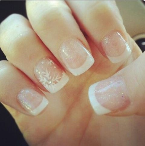 blush glitter and white nails with snowflakes are beautiful for a modern glam winter bride