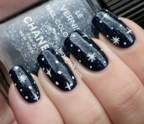 black and white wedding nails with polka dots and snowflakes will make your look bold and very stylish