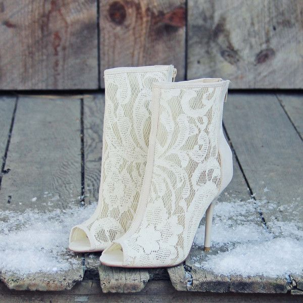 Awesome Winter Wedding Shoes And Boots Youll Love