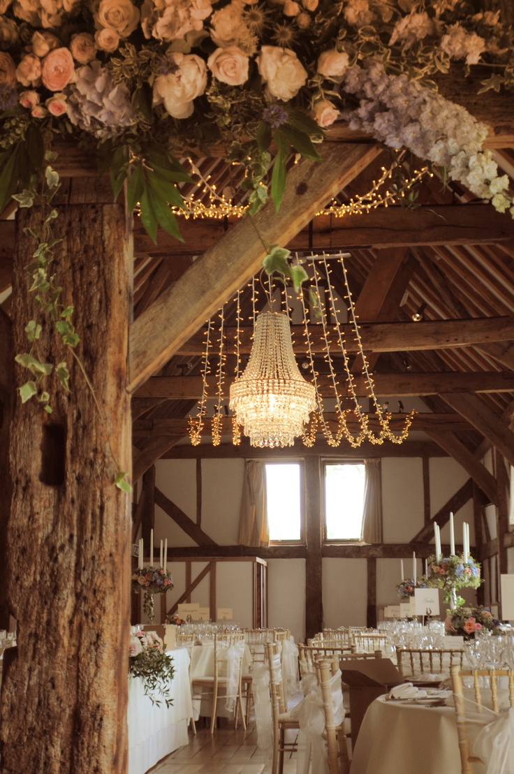 picture of barn wedding lights ideas