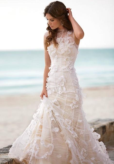 Beachy Wedding Dresses Wedding Dresses Gallery : Beautiful and relaxed beach wedding dresses weddingomania