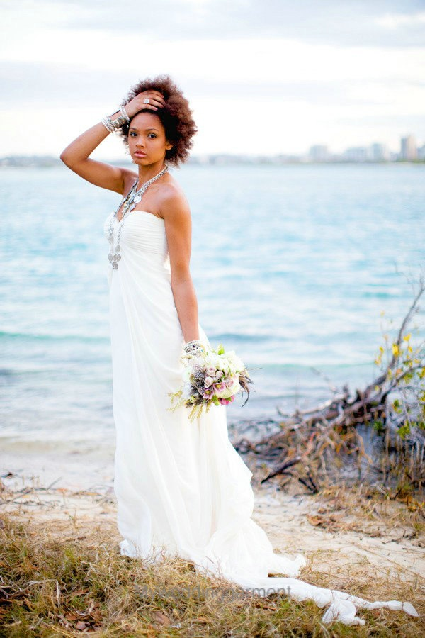 45 beautiful and relaxed beach wedding dresses