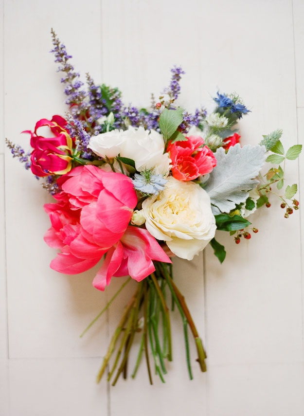 Picture of beautiful bright summer wedding bouquets for Bright wedding bouquet