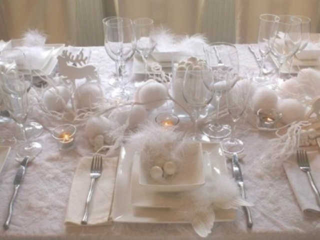 Picture of beautiful christmas wedding table setting ideas - Idee deco table de fete ...