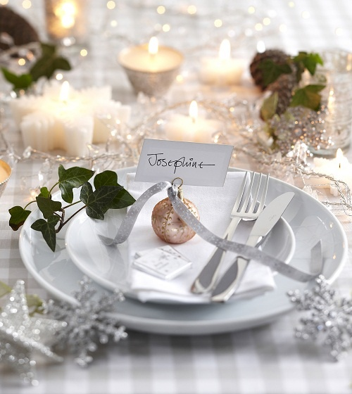 picture of beautiful christmas wedding table setting ideas. Black Bedroom Furniture Sets. Home Design Ideas