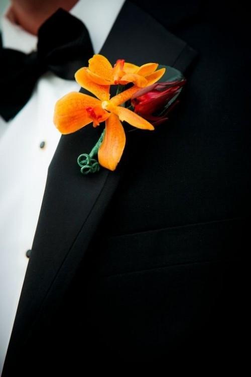 Beautiful Fall Wedding Boutonnieres