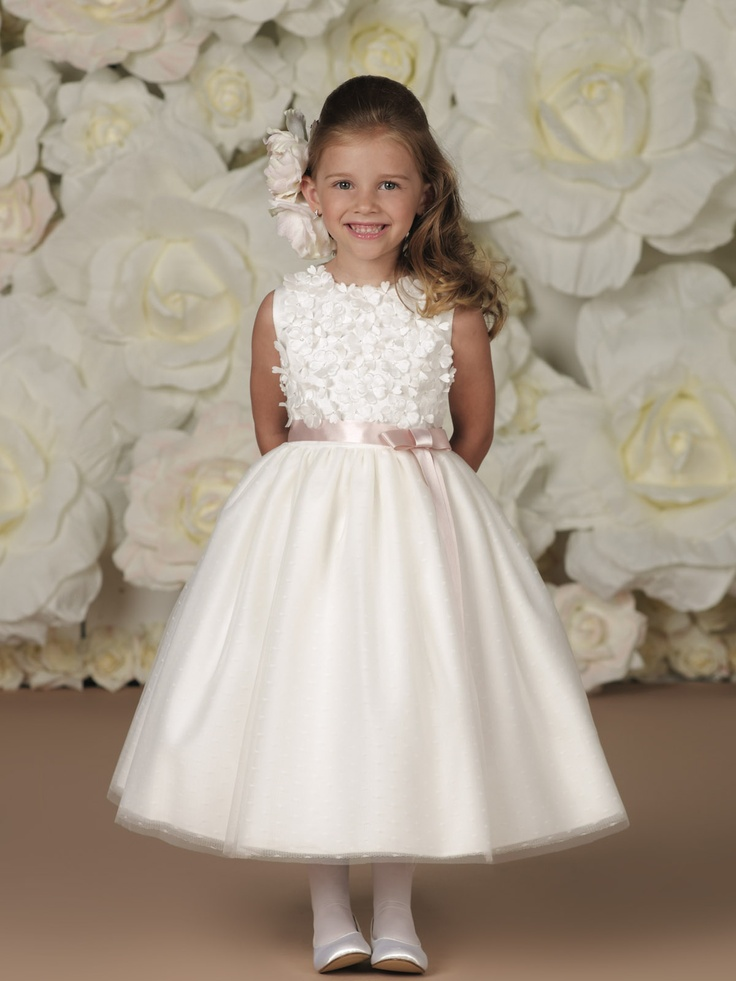 picture of beautiful flower girl dress ideas. Black Bedroom Furniture Sets. Home Design Ideas