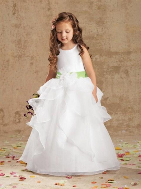 63 Beautiful Flower Girl Dress Ideas - Weddingomania