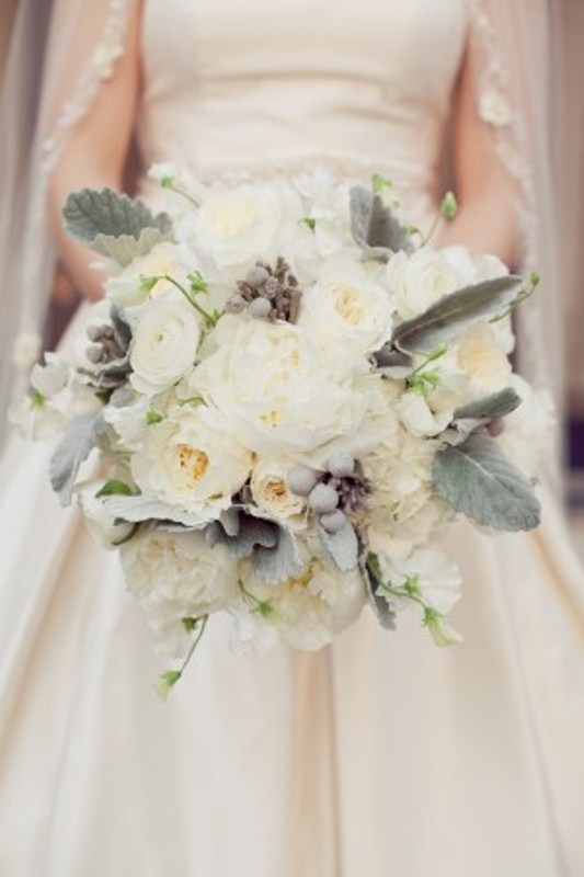 Wedding Bouquet Ideas For Winter : Memorable wedding a look at some wonderful winter