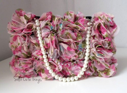 makeup bag with pearls