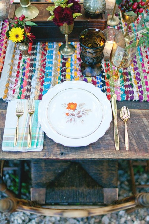 Boho Chic Wedding Table Settings To Get Inspired