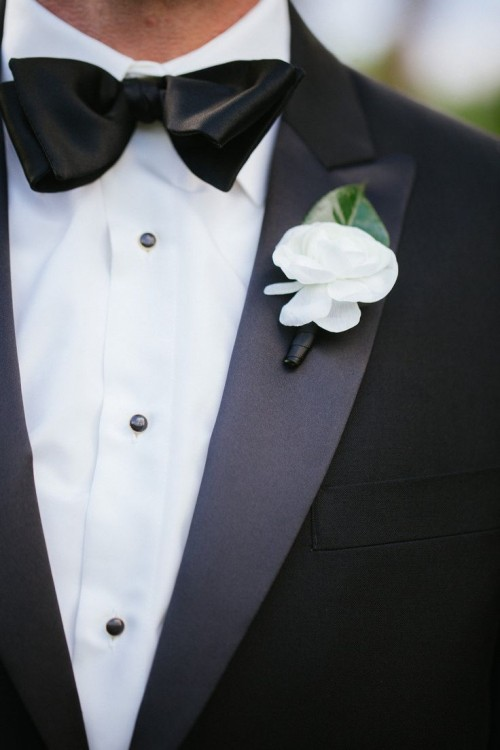 Bright And Fresh Spring Groom Boutonnieres