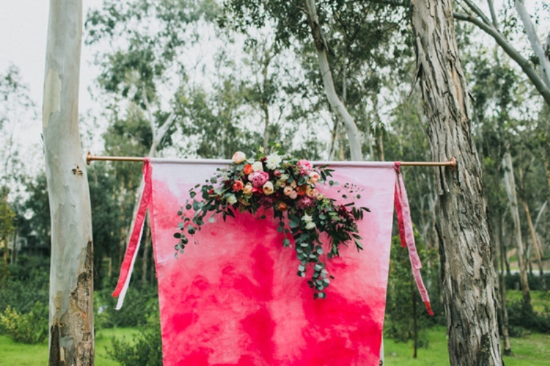 Picture Of bright and modern garden wedding inspiration  12