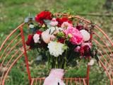 bright-and-modern-garden-wedding-inspiration-3