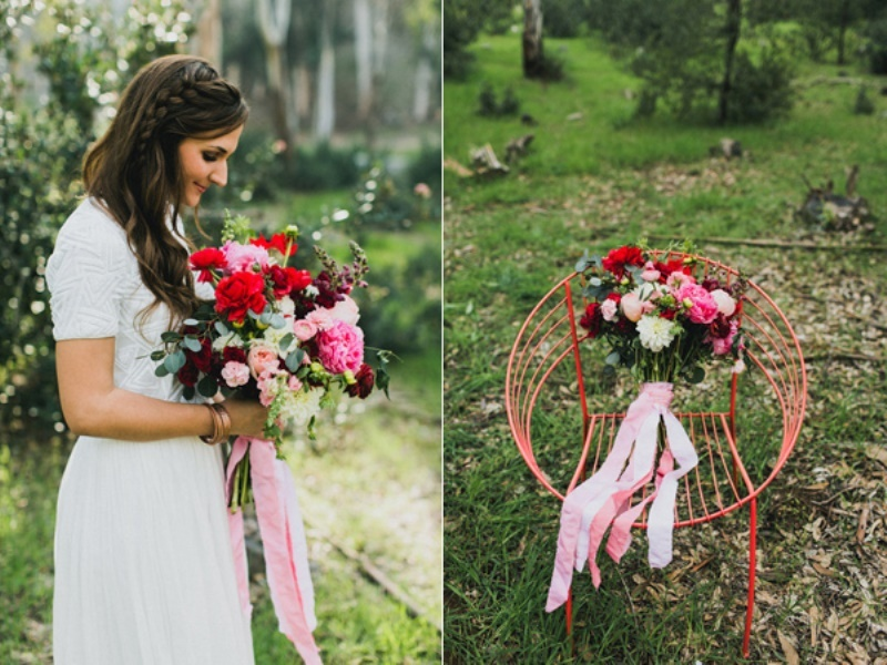 Picture Of bright and modern garden wedding inspiration  4