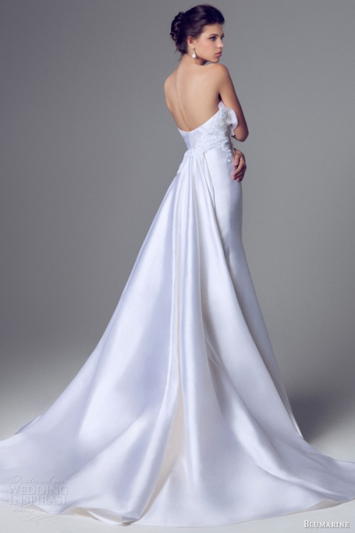 charming and elegant blumarine bridal 2014 wedding gowns collection weddingomania. Black Bedroom Furniture Sets. Home Design Ideas