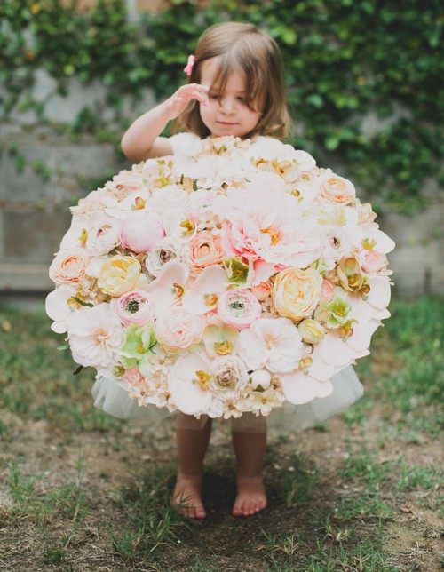 Charming DIY Floral Parasol For Your Flower Girl