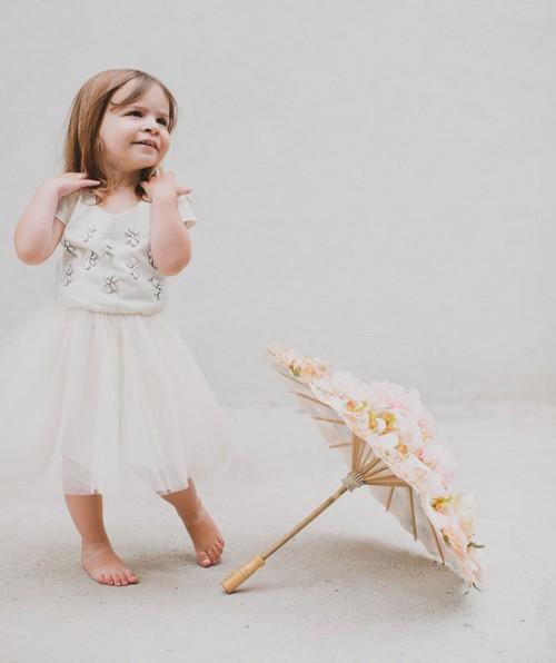 Charming DIY Floral Parasol For Your Flower Girl