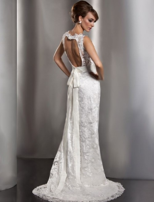 Charming Keyhole Back Wedding Dresses