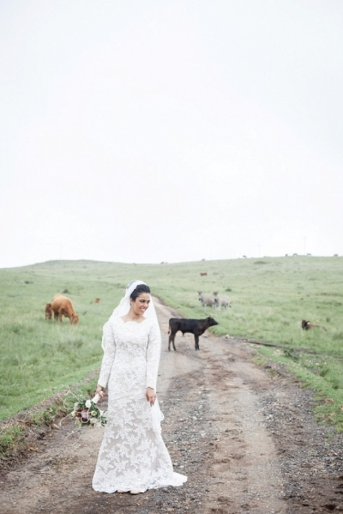 Charming Multicultural Wedding With Rustic Touches
