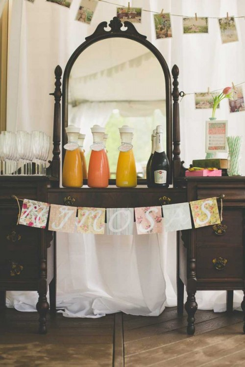 44 Charming Vintage Bridal Shower Ideas