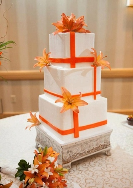 Cheerful Orange Beach Wedding Ideas