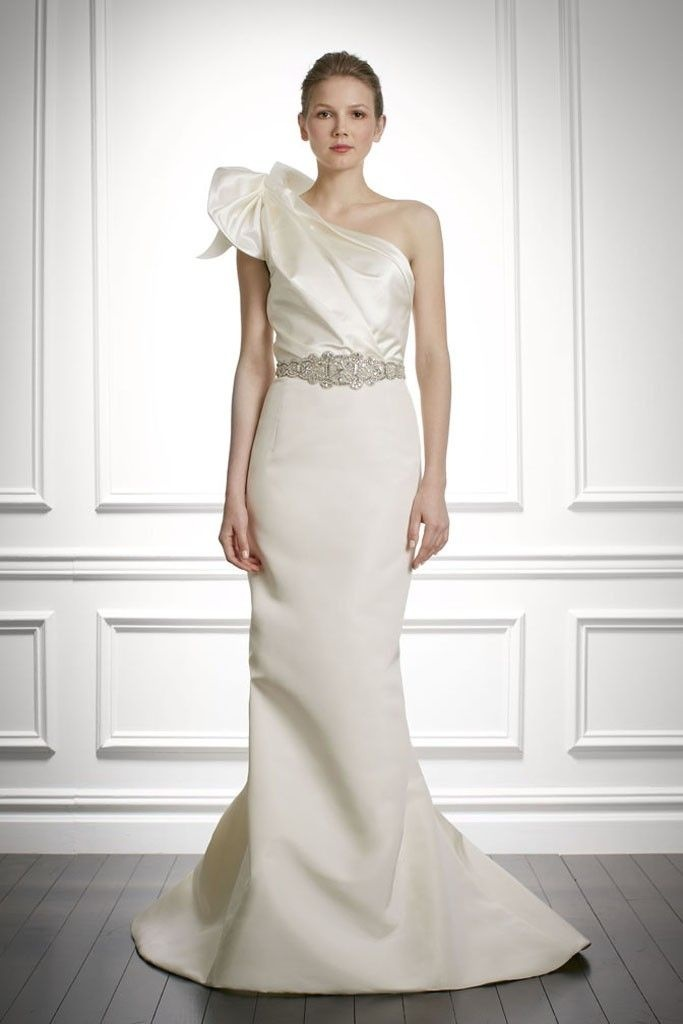 55 Chic And Romantic One-Shoulder Wedding Dresses - Weddingomania