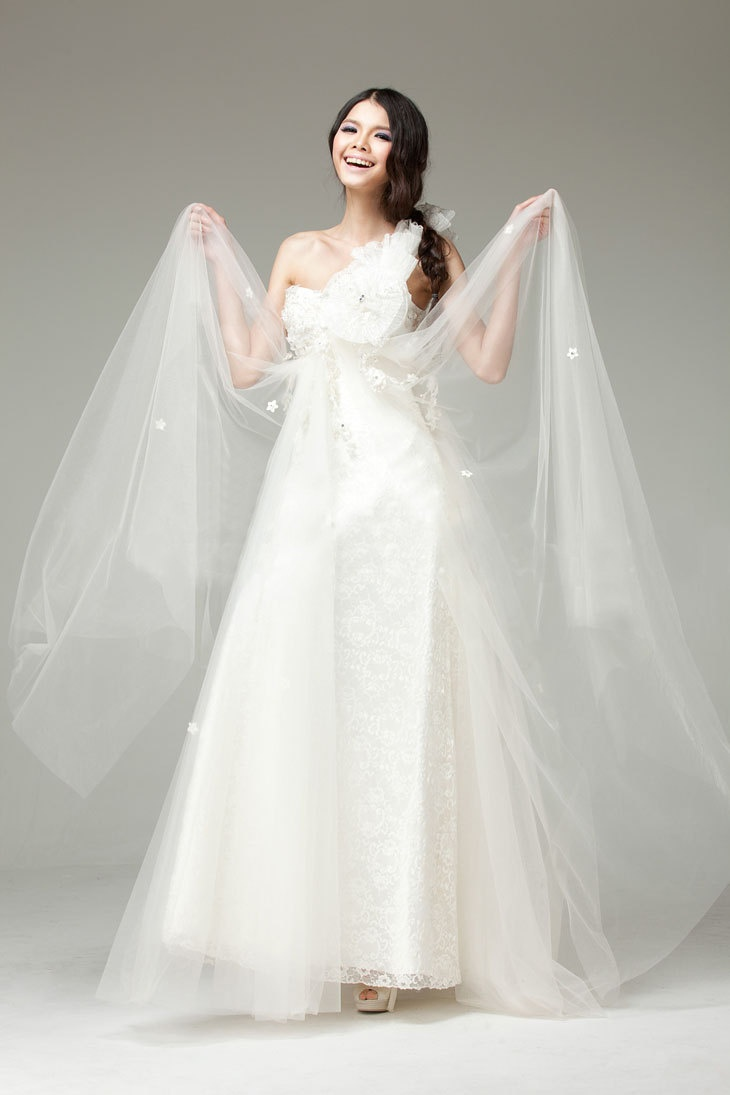 Wedding Dresses One Shoulder 96 Fabulous Chic And Romantic One