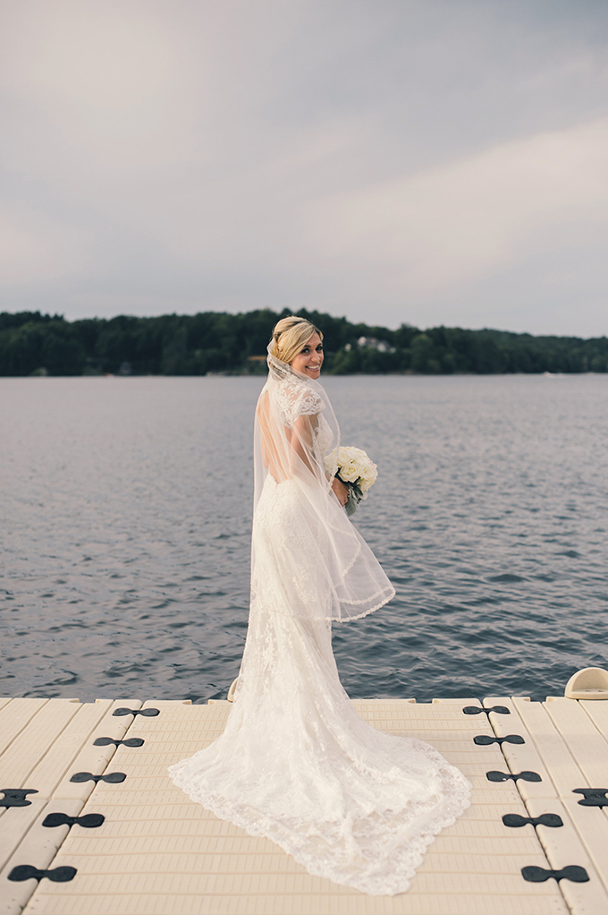 Chic New England Garden Wedding At The Lake Estate