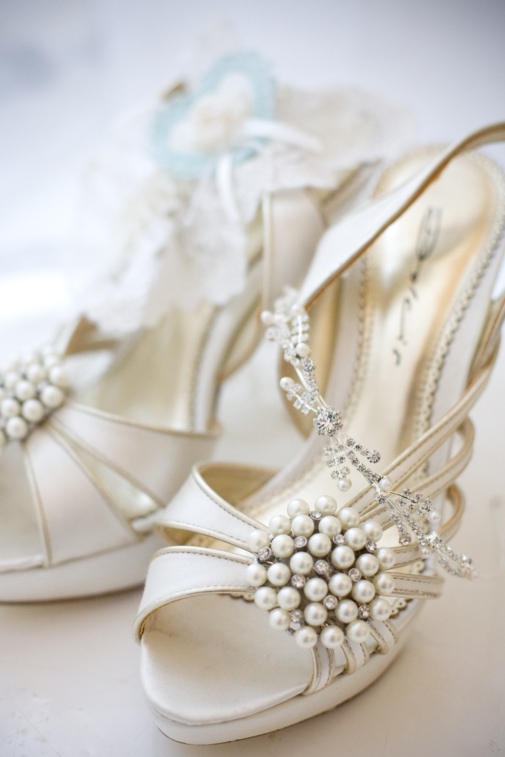 white strappy laser cut shoes with statement embellishments are a nice option for a vintage summer bridal look