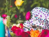 colorful-diy-mosaic-skull-wedding-centerpiece-10