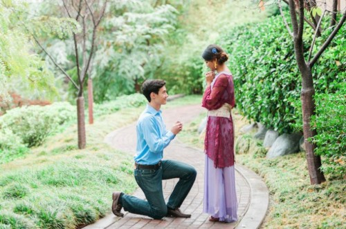 Colorful Japanese Inspired Tea Ceremony Engagement Shoot