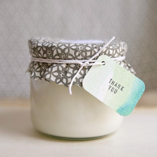 diy candle favors (via ruffledblog)