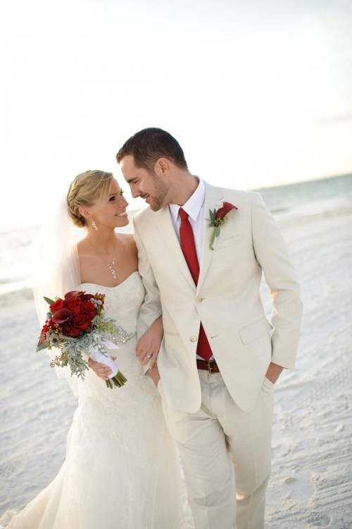 White suits give a serene look and is perfect for beach wedding