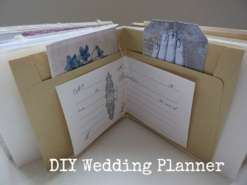 Cool DIY Wedding Planner Folder
