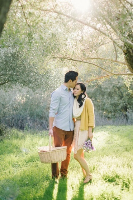 go for a spring picnic and gather some wildflowers to make your spring engagement more romantic and personal