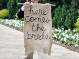 cool-ways-to-use-burlap-for-your-wedding-1