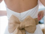 cool-ways-to-use-burlap-for-your-wedding-18