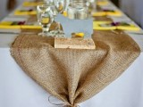 cool-ways-to-use-burlap-for-your-wedding-23