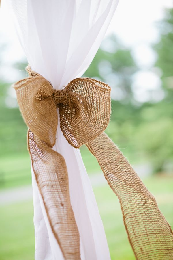 Picture Of cool ways to use burlap for your wedding  24