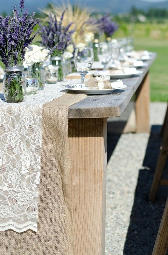 Picture Of cool ways to use burlap for your wedding  25