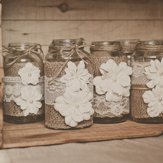Picture Of cool ways to use burlap for your wedding  3