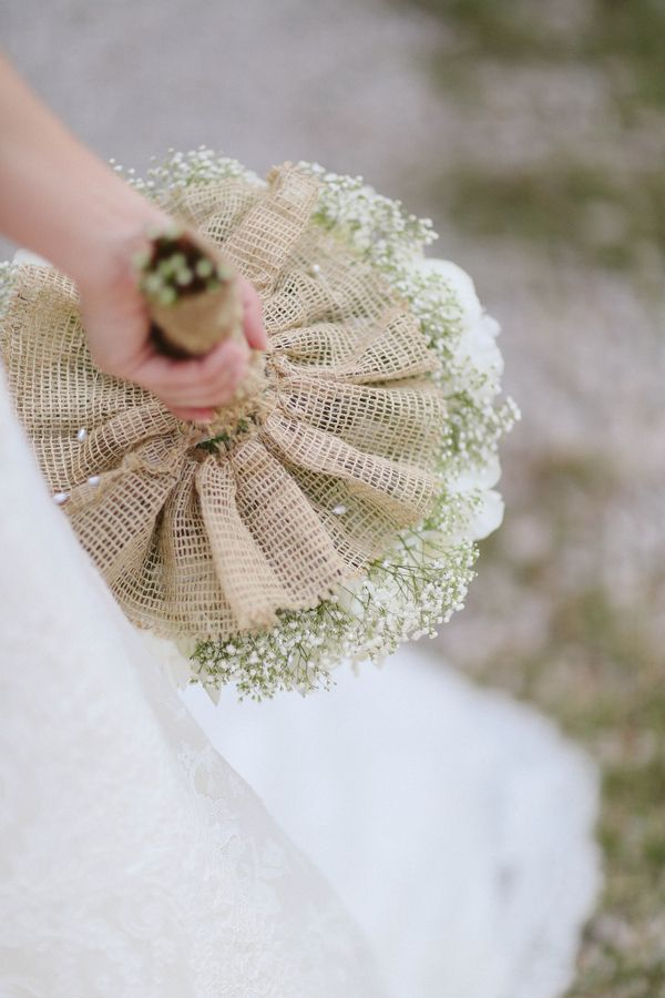 Picture Of cool ways to use burlap for your wedding  35